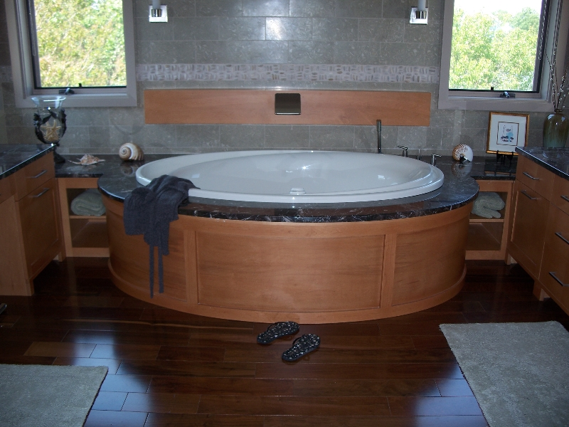 Custom Wood Bath Wraparound