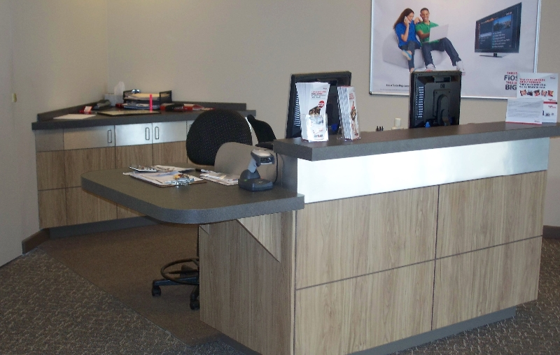 Commercial Wood Verizon Desk