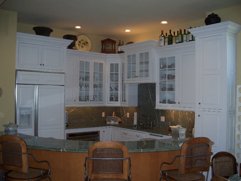 Custom Made White Kitchen Cabinets