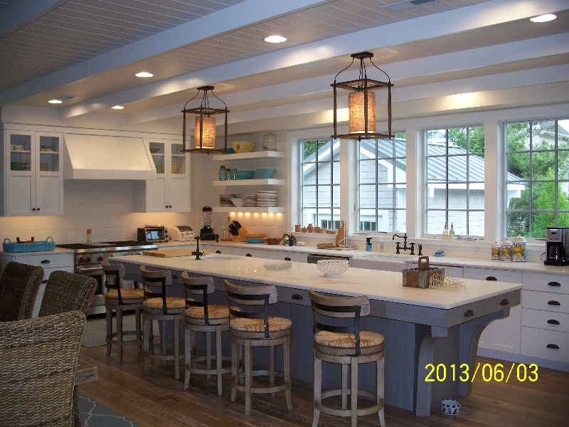 Custom Kitchen Counters and Oversized Island in DE